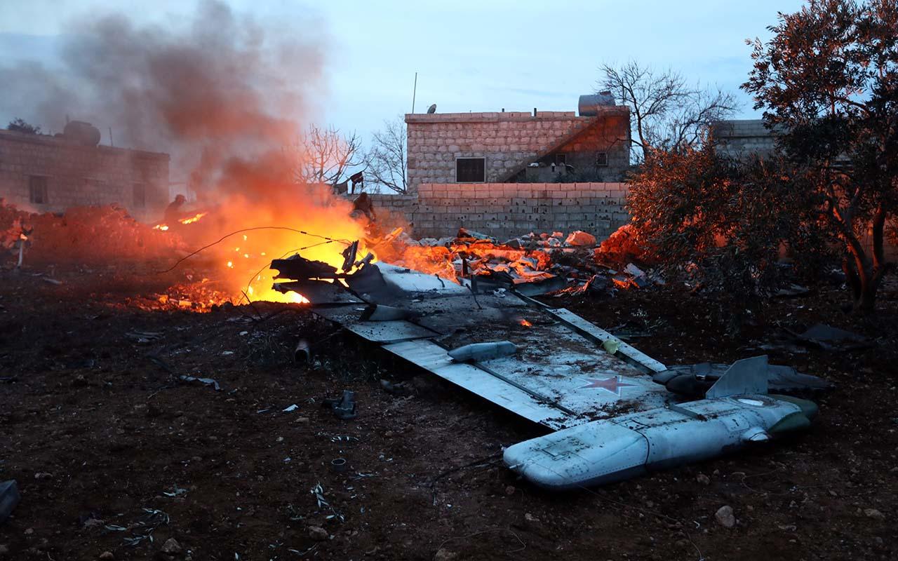 В Сирии сбит российский самолет, пилот погиб после катапультирования