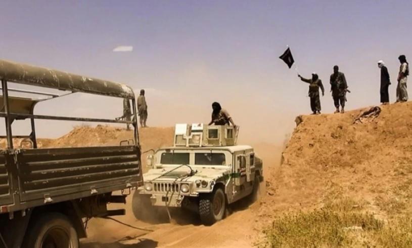 Турецкие военные не сдержались при виде автоколонны курдов и игиловецев*