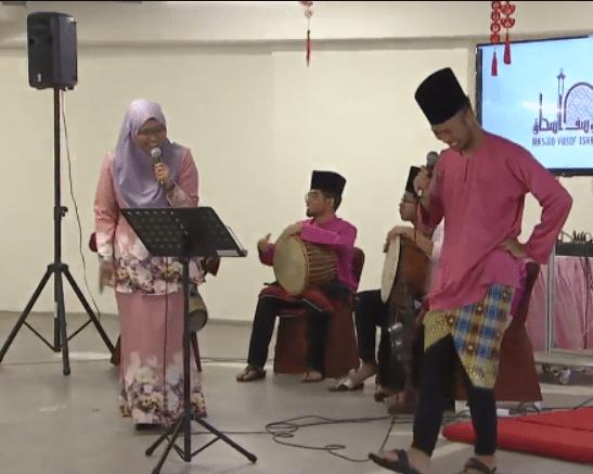 Кто и зачем устроил танцы в доме Аллаха?