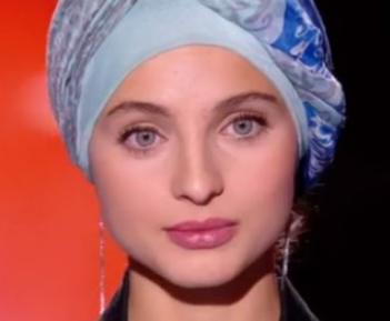 Певице в хиджабе, поразившей жюри «Голоса», грозит дисквалификация