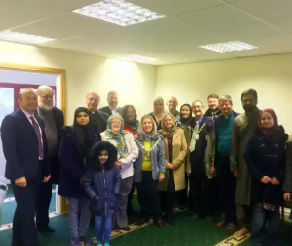 Гости новой мечети Дэвентри