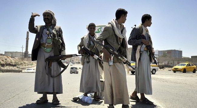 Хуситы обрушили на саудовских военных град мин, есть погибшие