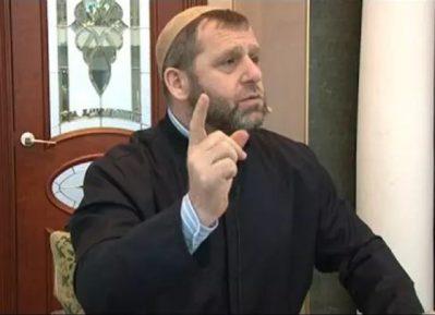 Имам-правдоруб Хамзат Чумаков решил оставить свой пост