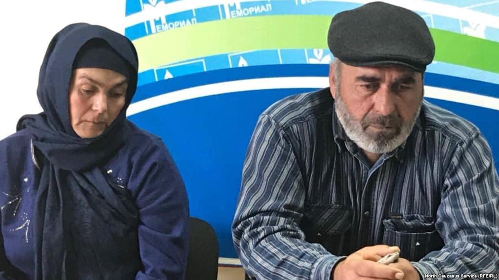 Отец убитых в Дагестане братьев-пастухов дал клятву перед выборами президента (ВИДЕО)