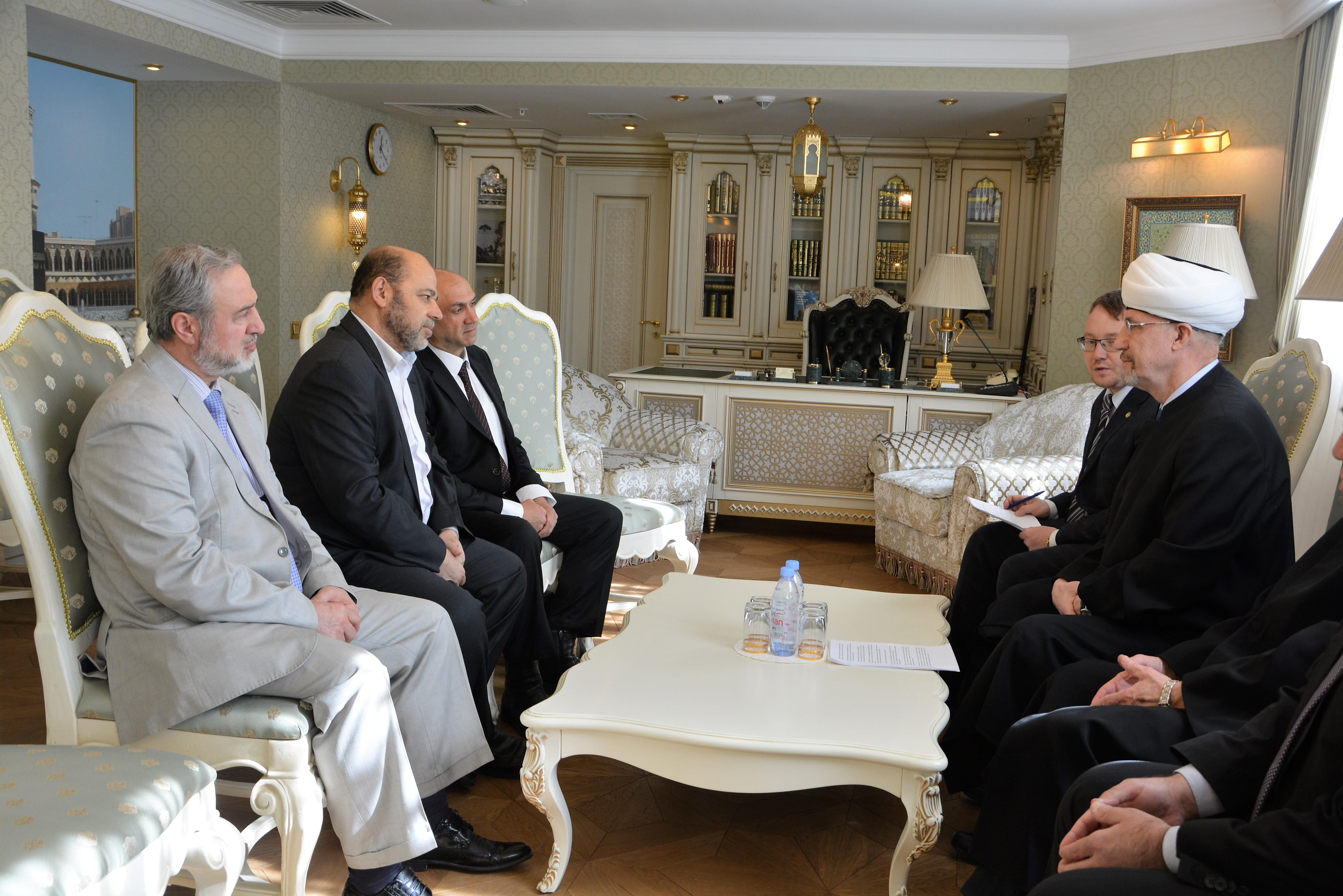 Делегация ХАМАС в резиденции ДУМ РФ