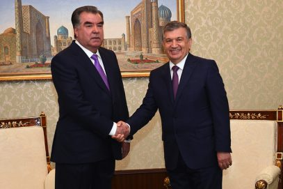 Оттепель между Таджикистаном и Узбекистаном достигла высшей точки – Рахмон встретил Мирзиёева
