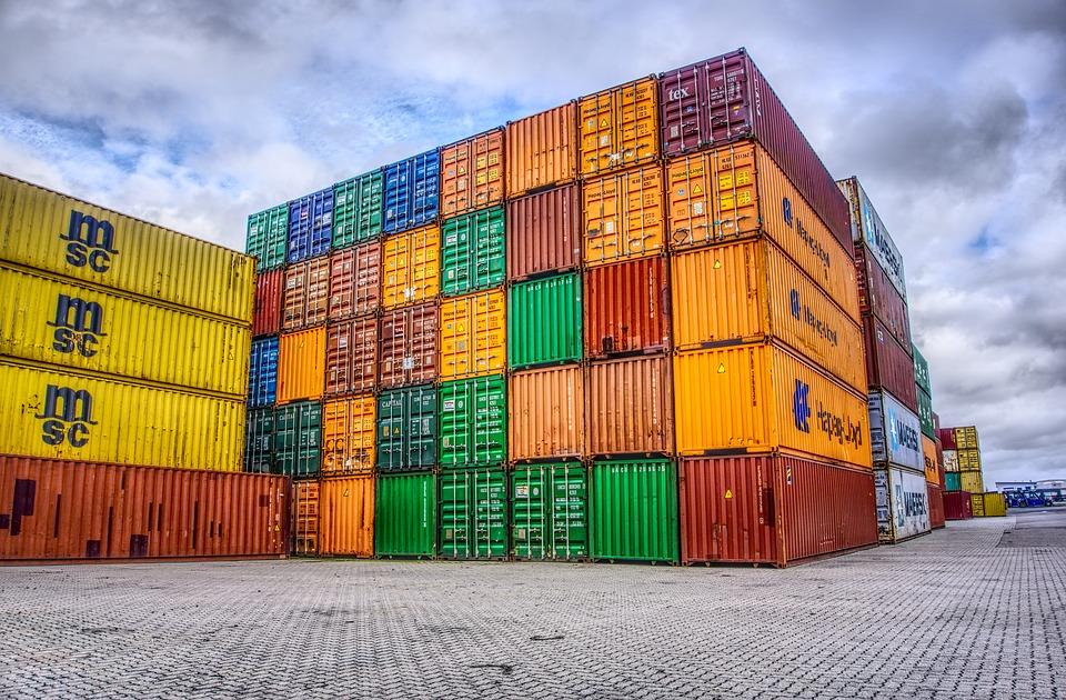 Кому доверить перевозку грузов из Китая в Кемерово?