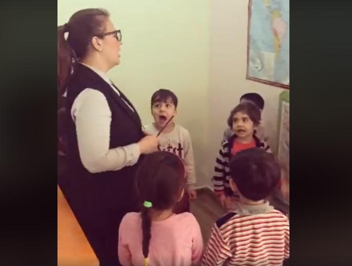 """""""Урок ненависти"""" к армянам в азербайджанском детсаду вызвал дебаты (ВИДЕО)"""