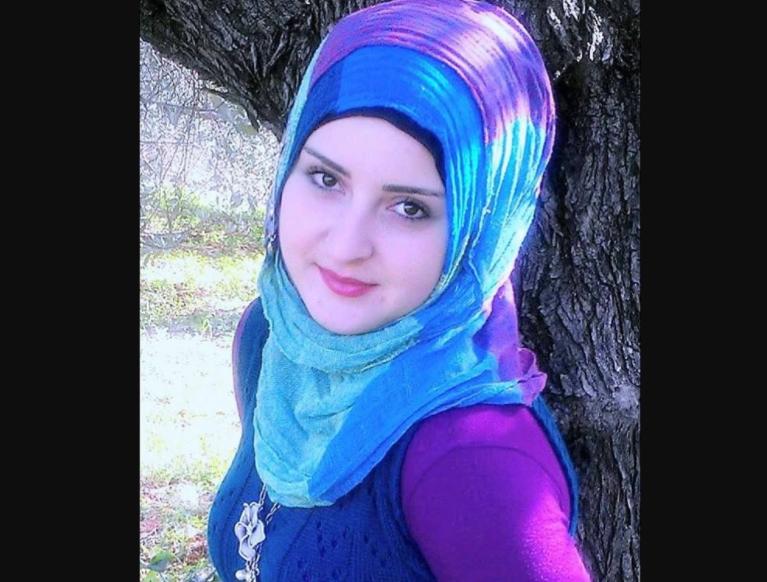 Студентка медколледжа отстояла свое право на хиджаб через суд