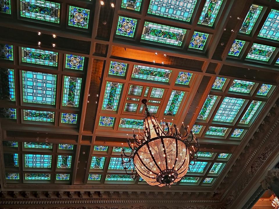 Витражный потолок: разнообразие и характеристики