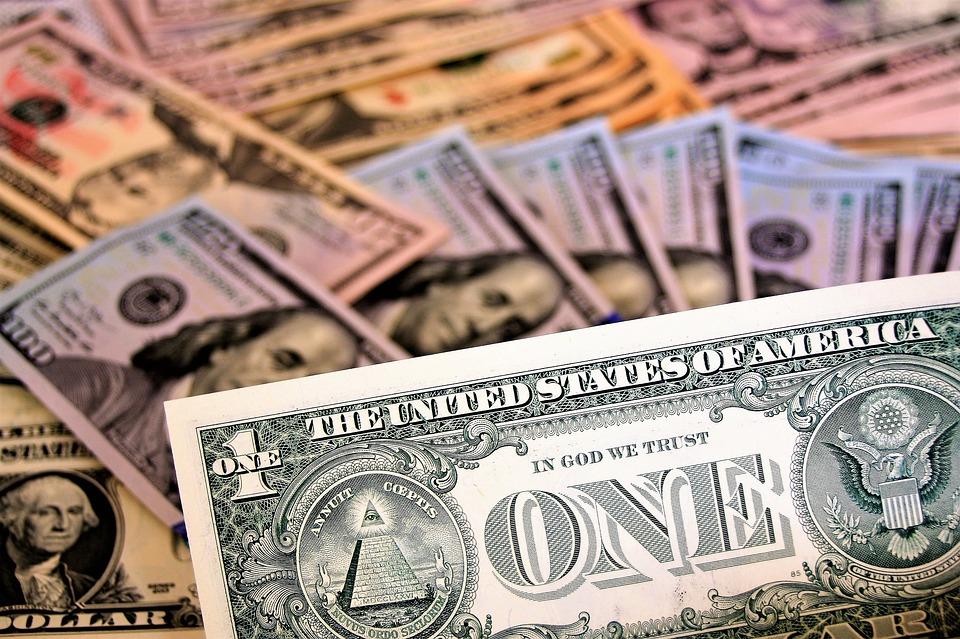 Евро вскоре может стать заменой доллару в накоплениях центробанков со всего мира