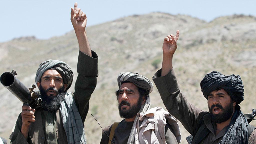 Талибы отрезали Кабул от таджикского электричества