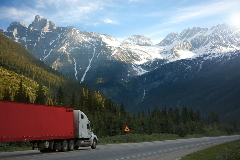 Плюсы рефрижераторов для грузовых автомобилей Газель и не только