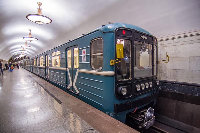 В Москве разыскивают орудующего в метро насильника (ФОТО)