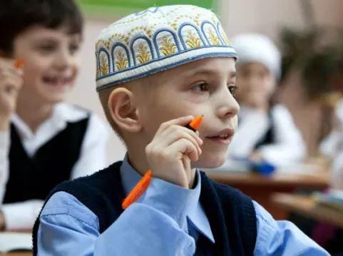 В России принимают закон, ограничивающий изучение национальных языков