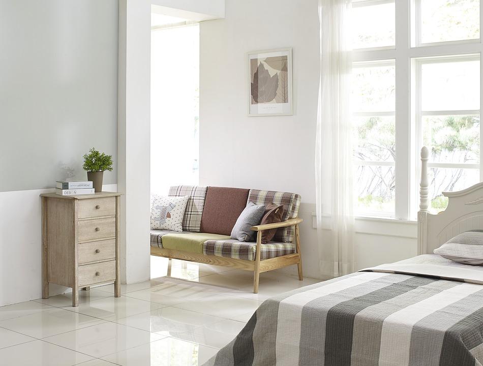 Как подобрать комфортный диван для своей спальни?