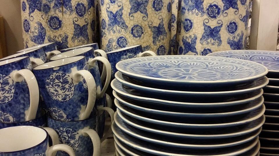 Плюсы заказа разнообразной посуды через интернет-магазин