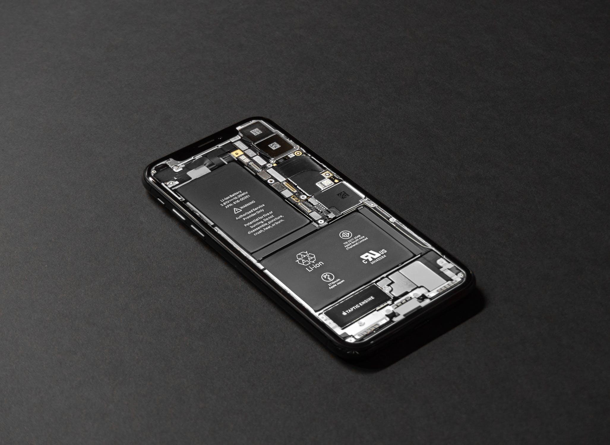 Нюансы ремонта смартфонов iPhone от Apple