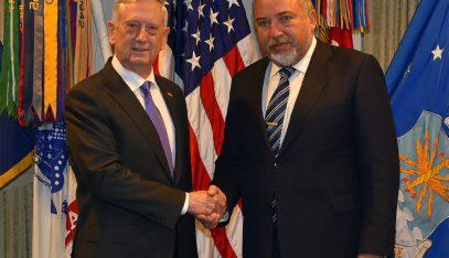 Либерман обсудил с главой Пентагона удар по Ирану