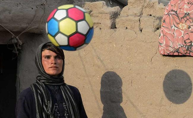 Юная афганка растрогала СМИ историей превращения в мальчика