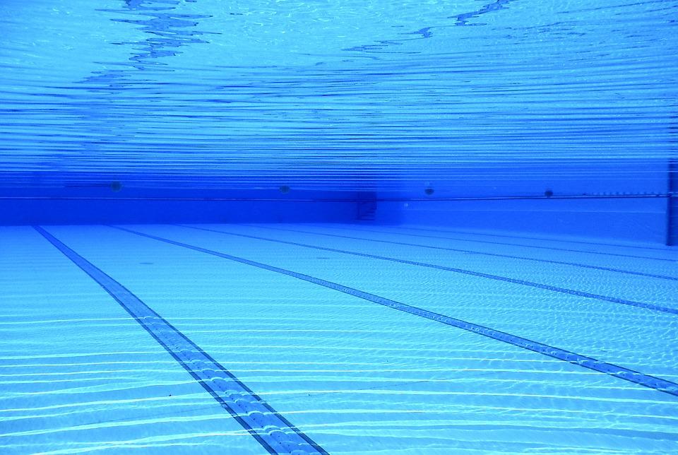 Каким должен быть купальник для плавания в бассейне?
