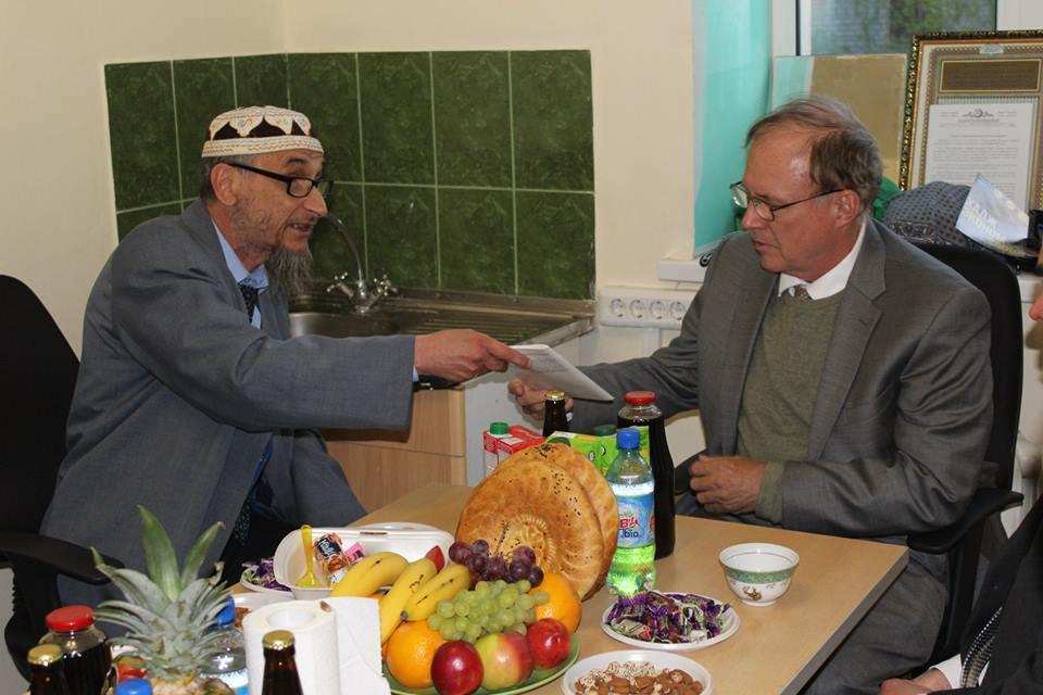 Свердловские мусульмане разделили ифтар с дипломатами США