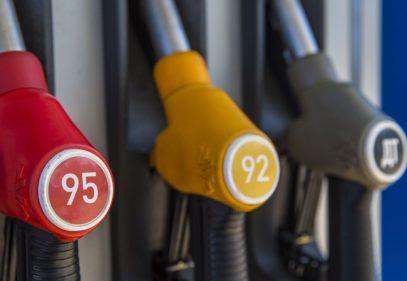 Россиянам объяснили, почему бензин дорожает всегда – даже когда дешевеет нефть