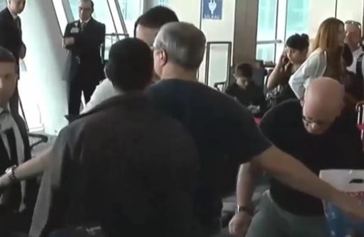 Израиль возмущен досмотром дипломата в аэропорту Стамбула (ВИДЕО)