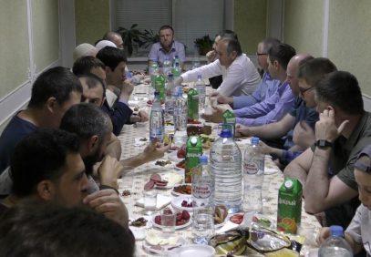 В Москве прошел ифтар с лекцией о «безупречном внимании» (ВИДЕО)
