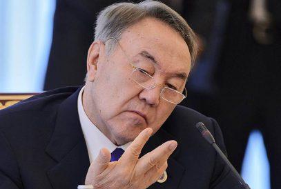 Назарбаева наделили пожизненным влиятельнейшим статусом