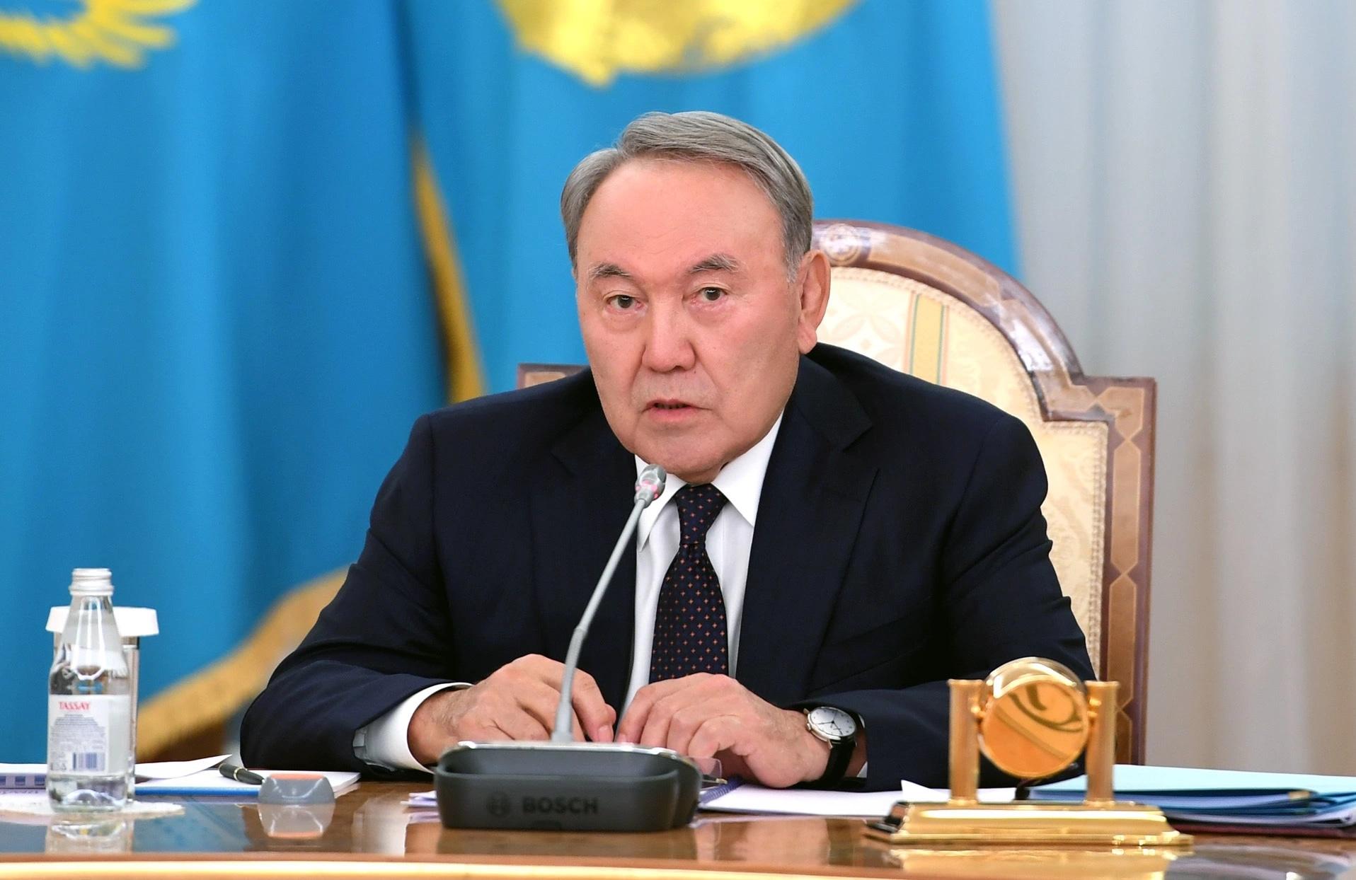 Назарбаев призвал осмыслить уроки политических репрессий