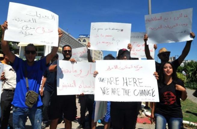 Либералы Туниса требуют права на публичное несоблюдение  поста в Рамадан