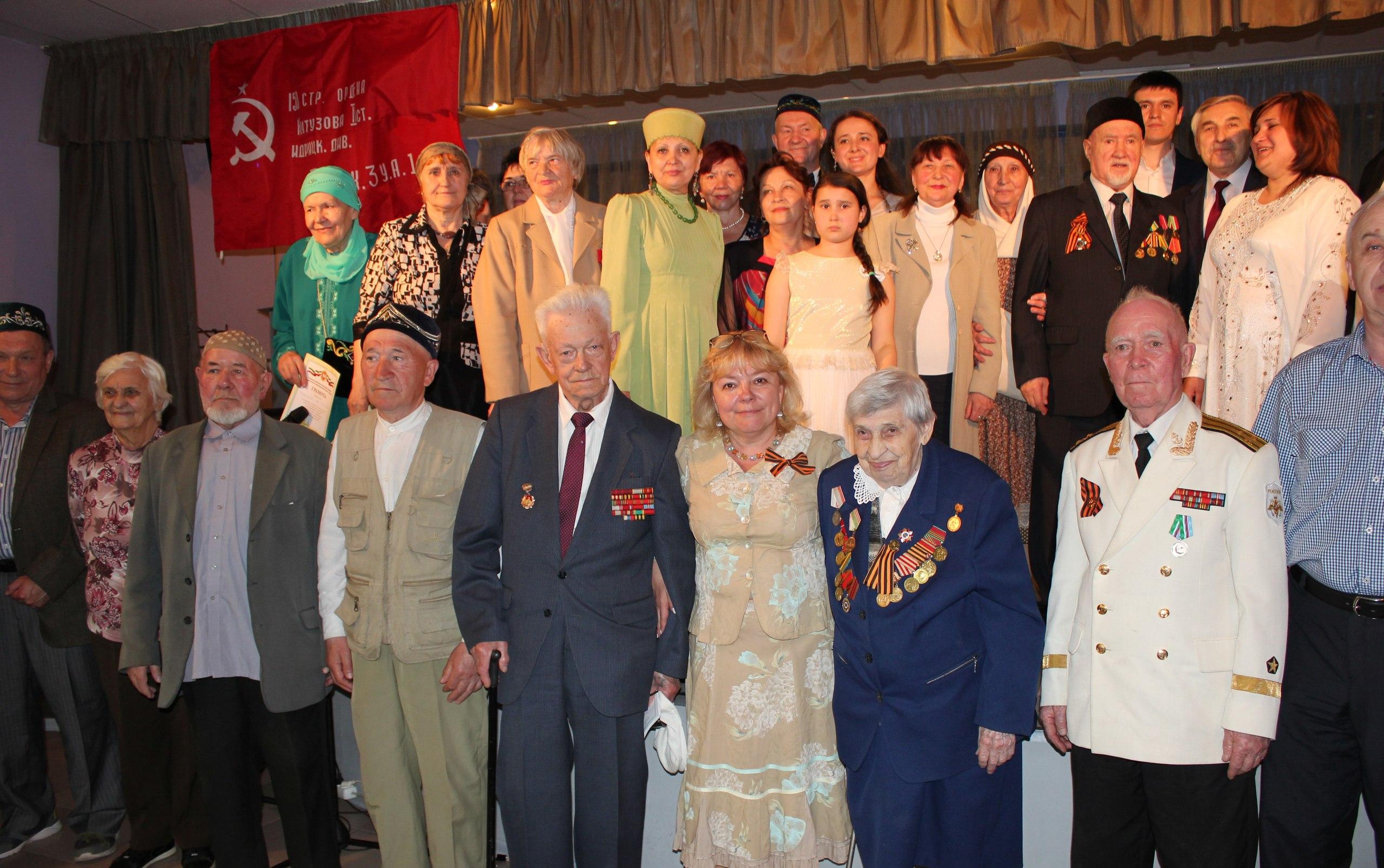 Мусульманская молодежь Москвы провела концерт для ветеранов ВОВ