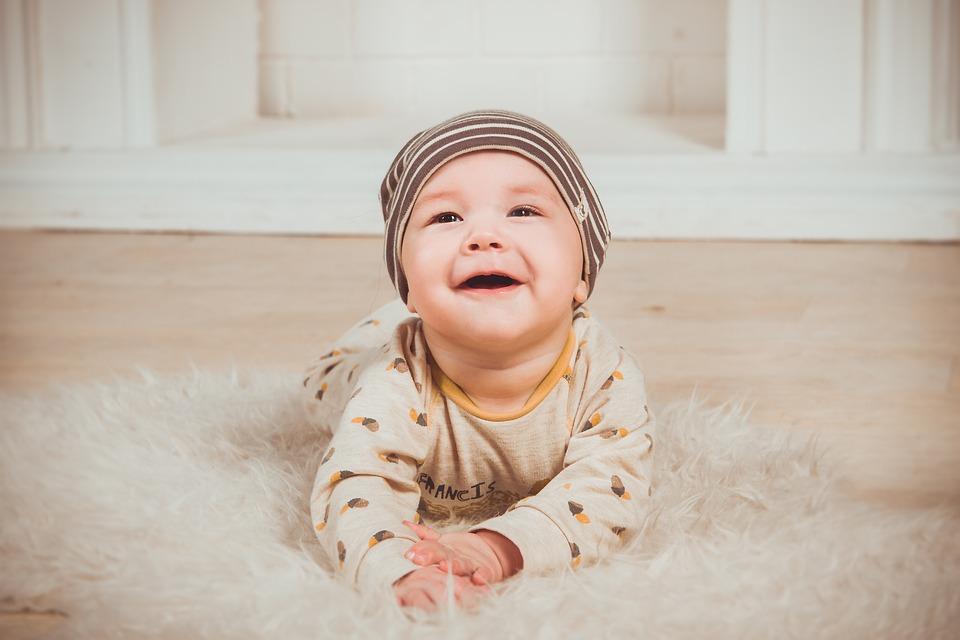 Какими бывают современные подгузники для малышей?
