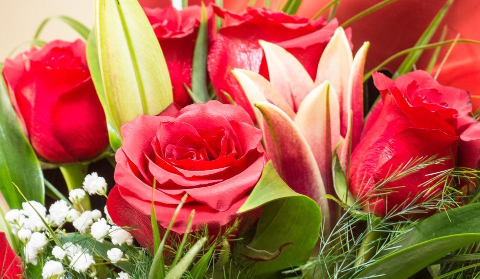 Недорогая доставка цветов в Санкт-Петербурге
