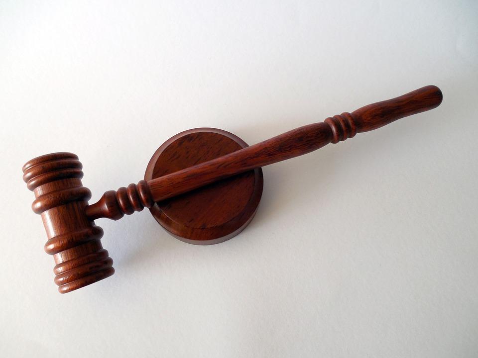 В каких ситуациях становится обязательным привлечение адвоката к своей проблеме?