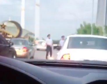 Чеченских полицейских застали за необычным делом перед ифтаром (ВИДЕО)