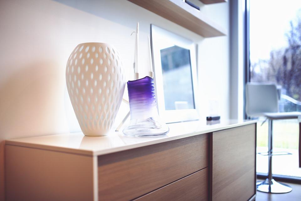 Где можно выбрать отличные варианты комодов и другой мебели?