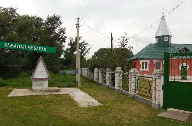 Мечеть татарского села Пица в дни Рамадана