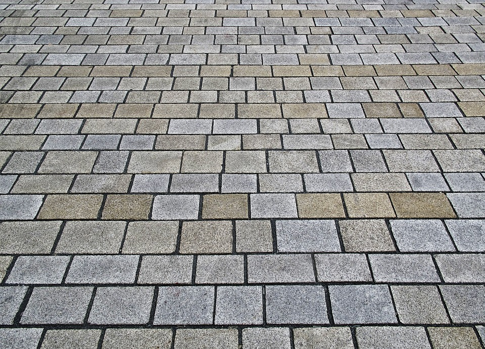 Советы по выбору качественной и долговечной тротуарной плитки