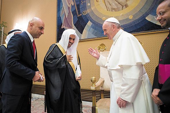Костела в Саудии не будет, но реальное сотрудничество с Ватиканом развивается