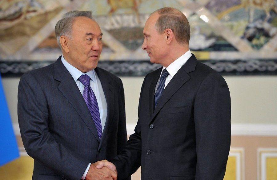 Назарбаев в ходе встречи с Путиным попросил журналистов «не раздувать из мухи слона»
