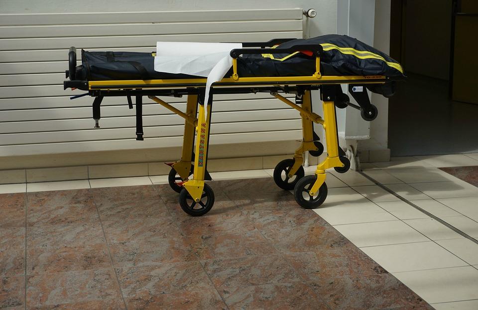 Важные нюансы перевозки лежачих больных