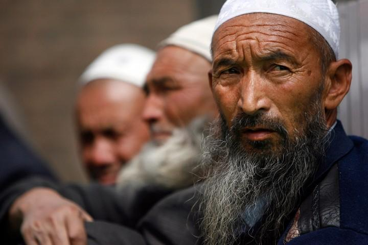 Коммунистов вероломно вселят в дома мусульман