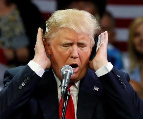 Вот уж не ждали: Дональд Трамп обратился к мусульманам с традиционным исламским поздравлением