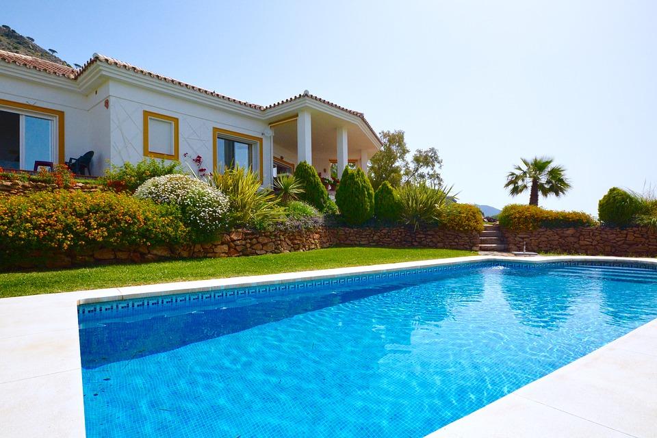 Какому агентству доверить вопросы покупки испанской недвижимости?