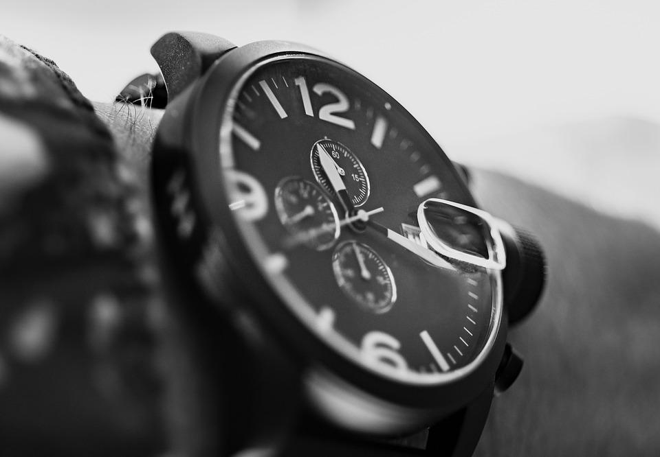 Выгодная покупка качественных наручных часов в интернет-магазине