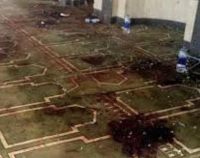 Верующие замерли от ужаса, придя в свою мечеть на пятое утро Рамадана