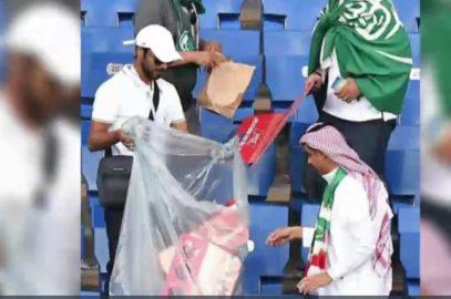 Саудовские болельщики убрали на стадионе Ростова мусор (ВИДЕО)