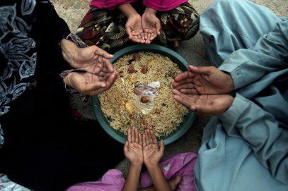 Еда и духовный рост в благословенные дни Рамадана